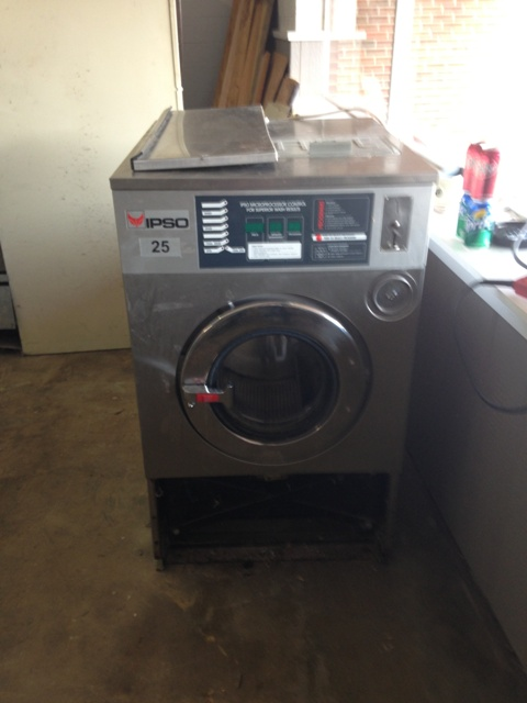 milnor 20lb double load washers pre owned commercial laundry equipment coin operated washers. Black Bedroom Furniture Sets. Home Design Ideas